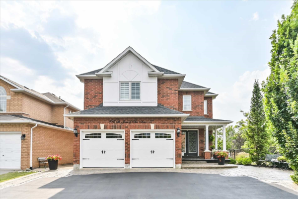 196 St Joan Of Arc Ave, Vaughan