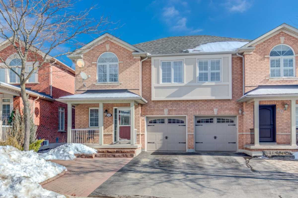 82 Comoq Ave, Vaughan