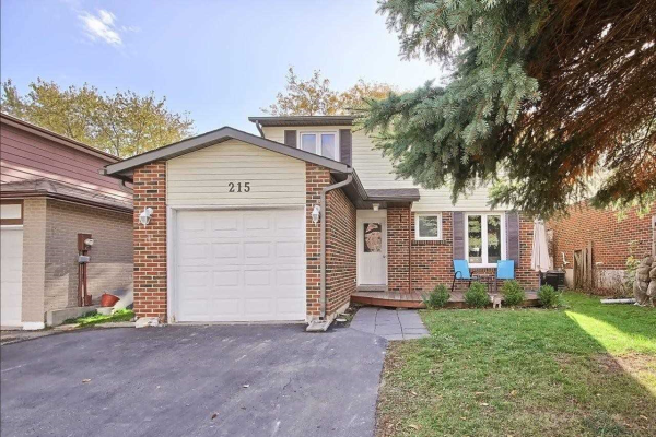215 Thoms Cres, Newmarket