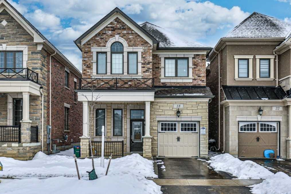 18 Faust Ridge Ave, Vaughan
