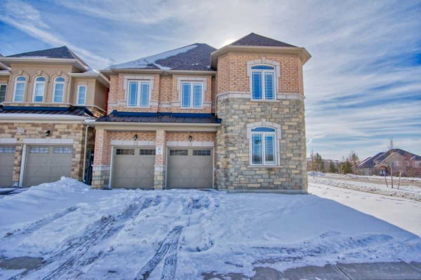163 Creekland Ave, Whitchurch-Stouffville
