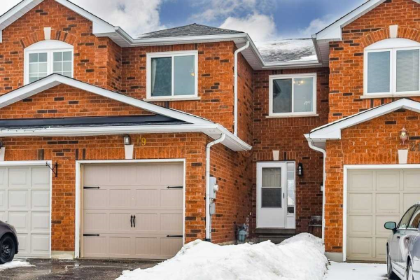 19 Mainprize Cres, East Gwillimbury