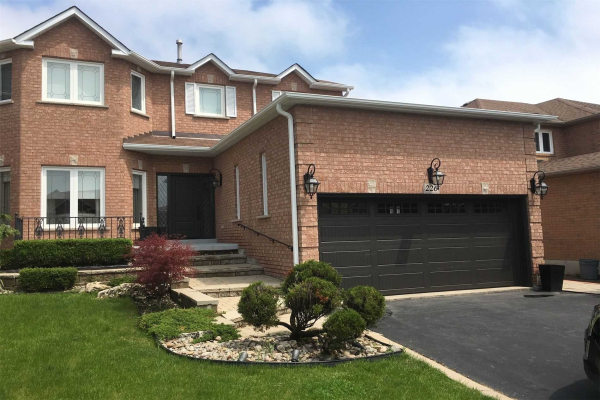 226 Waterside Cres, Vaughan