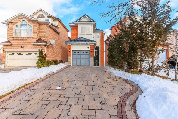 34 Peninsula Cres, Richmond Hill