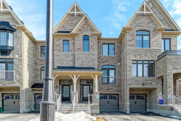 19 Sunset Terr, Vaughan