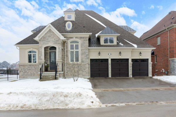 64 Chuck Ormsby Cres, King
