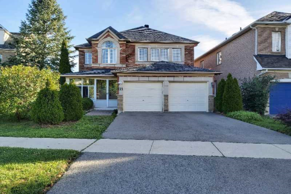 121 Shirley Dr, Richmond Hill