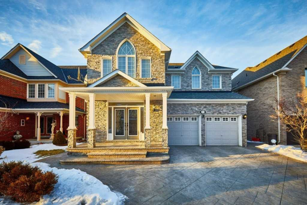 60 Vitlor Dr, Richmond Hill
