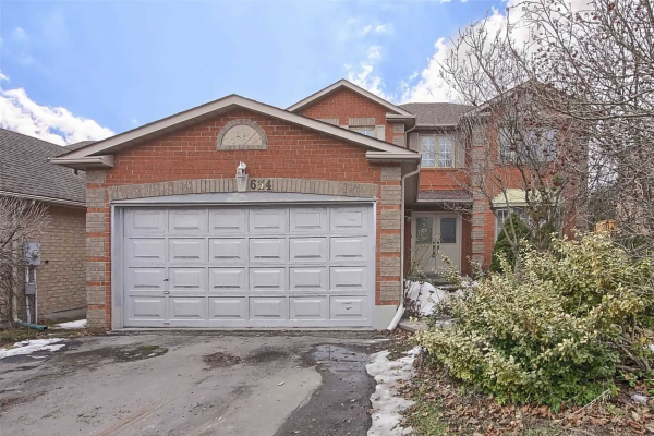 634 Goodyear Cres, Newmarket