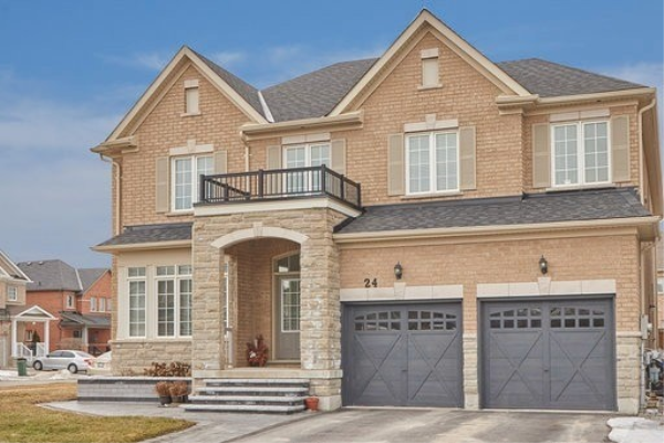 24 Faris St, Bradford West Gwillimbury