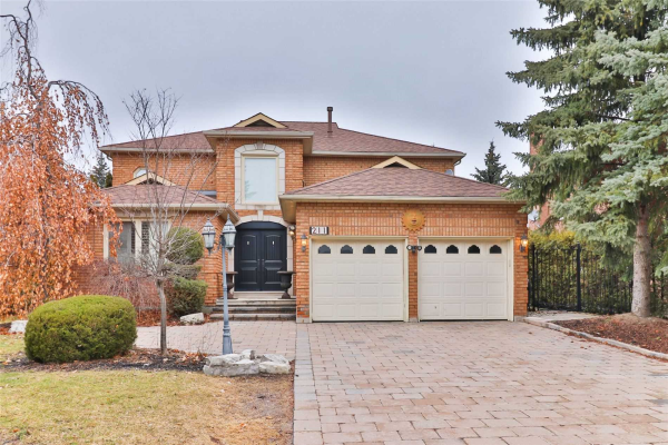 211 Columbus Ave, Vaughan