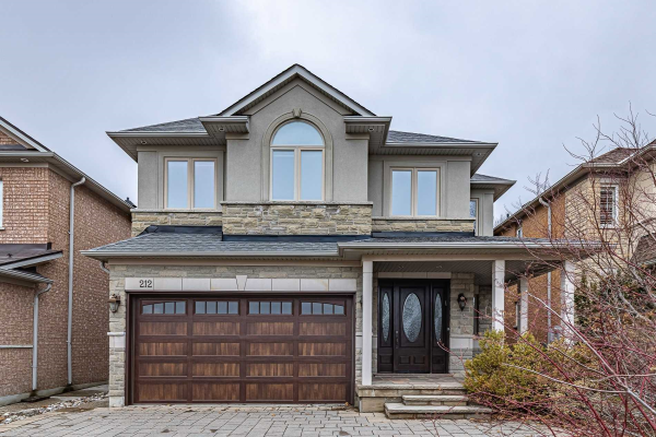 212 Thornhill Woods Dr, Vaughan