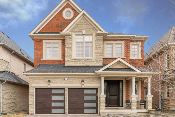 27 Michael Fisher Ave, Vaughan