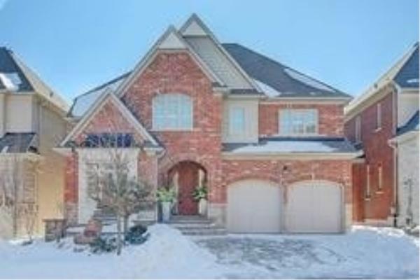 23 Royal West Rd, Markham