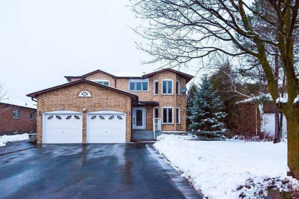 59 Coates Cres, Richmond Hill