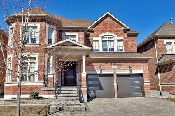 52 Stratheden Lane, Vaughan
