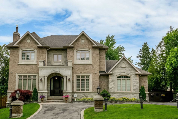 72 Westwood Lane, Richmond Hill