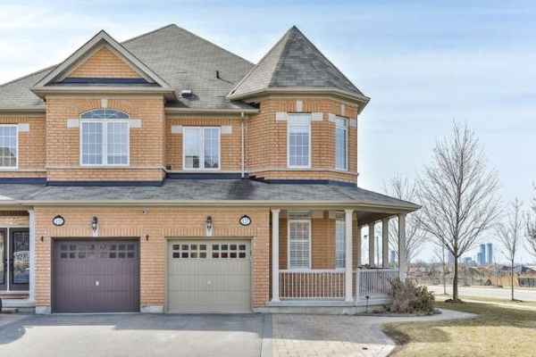 127 Maple Valley Rd, Vaughan