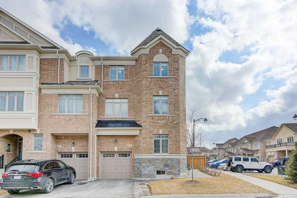 60 Ruffle Lane, Richmond Hill