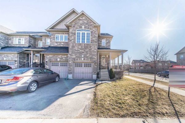 87 Heritage Hollow Esta St, Richmond Hill