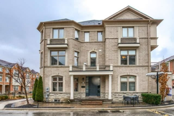 25 Beamish Lane, Vaughan