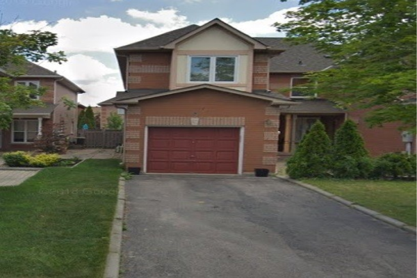 27 Islay Cres, Vaughan