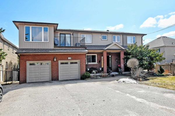 109 Brookside Rd, Richmond Hill