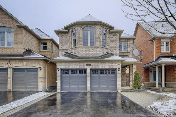 64 Remington Dr, Richmond Hill