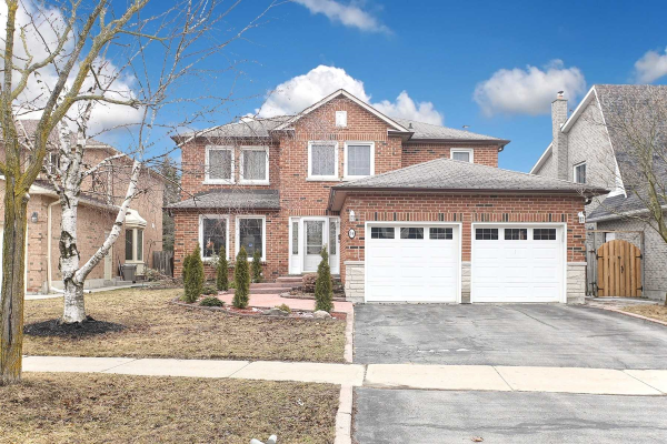 84 Fern Valley Cres, Richmond Hill