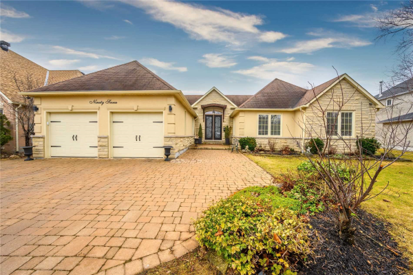 97 Fern Valley Cres, Richmond Hill