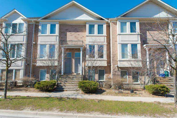 334 South Park Rd, Markham