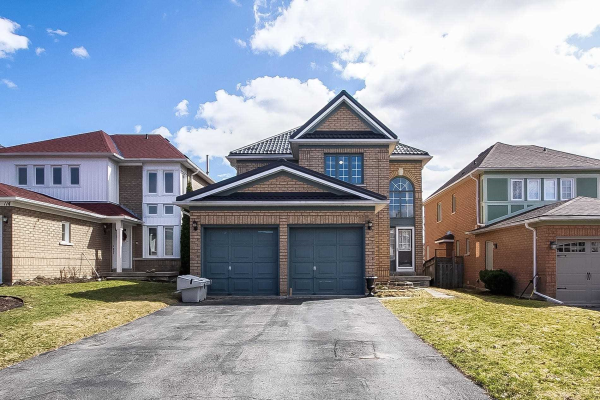 110 Widdifield Ave, Newmarket