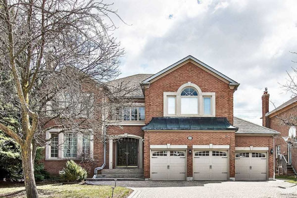 1 Chaplin Crt, Richmond Hill