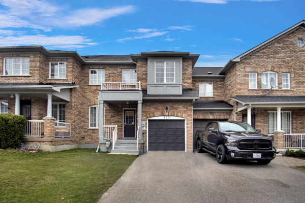 327 Coachwhip Tr, Newmarket