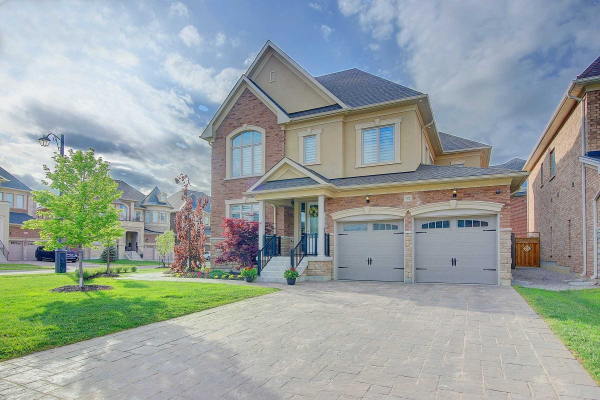 62 Glen Abbey Tr, Vaughan