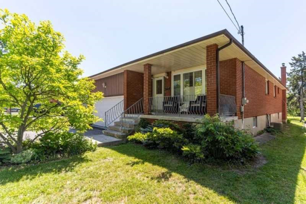 81 Spruce Ave, Richmond Hill