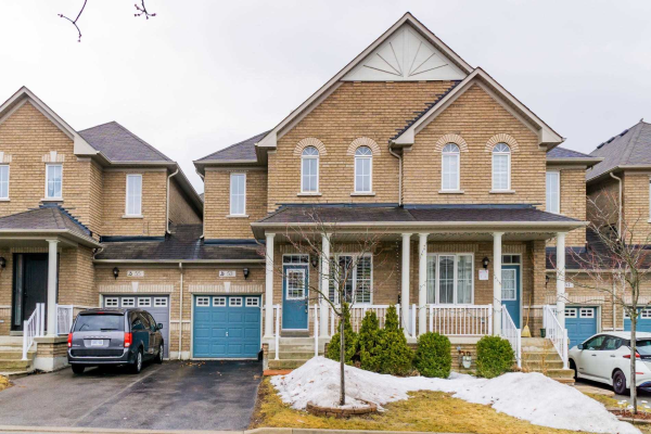 53 Lebovic Dr, Richmond Hill