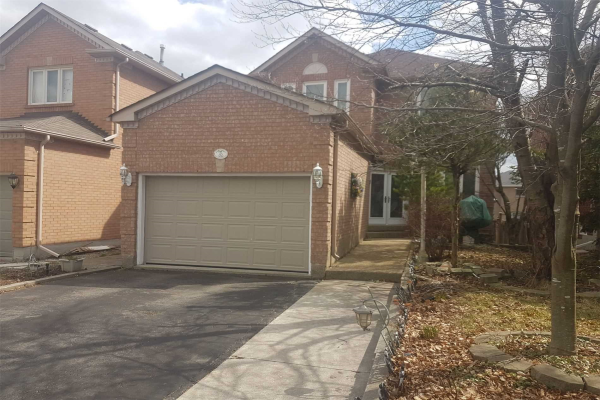 45 Canyon Creek Ave, Richmond Hill