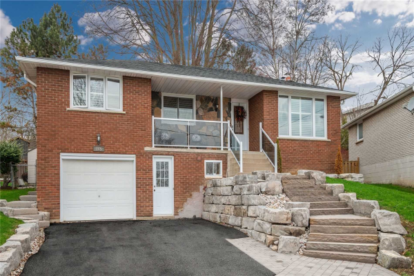 145 Luxury Ave, Bradford West Gwillimbury
