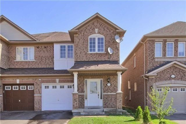 39 Ravineview Dr, Vaughan