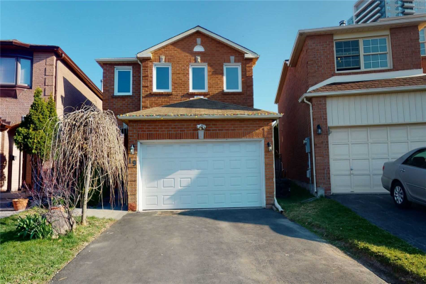 19 Chilmar Cres, Vaughan