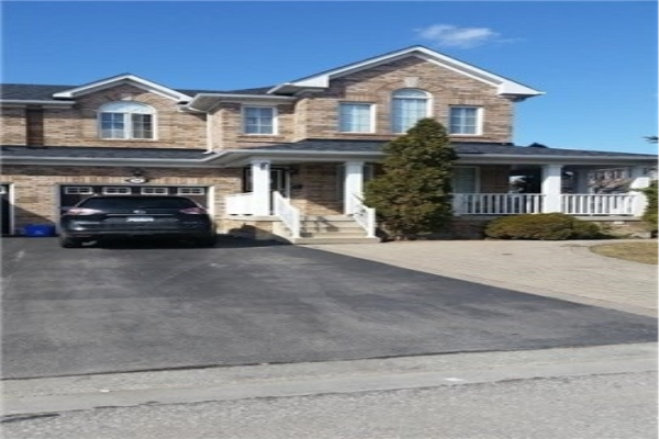 56 Mainland Cres, Vaughan