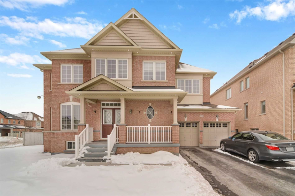 384 Mantle Ave, Whitchurch-Stouffville