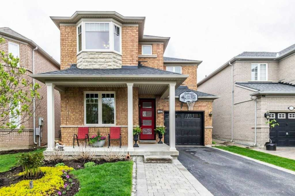 102 Battleford Ave, Vaughan