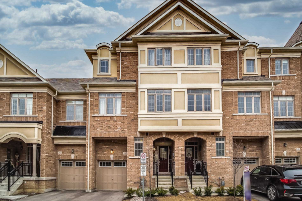 64 Ruffle Lane, Richmond Hill