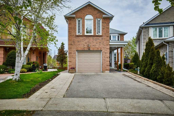 24 Colleen St, Vaughan