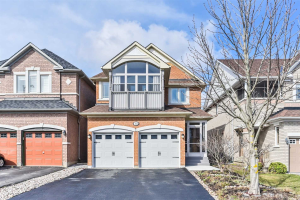 30 Lacona Cres, Richmond Hill