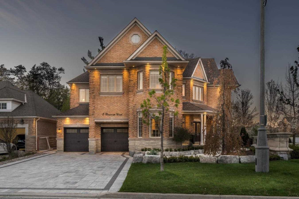 2 Beauvista Crt, Vaughan