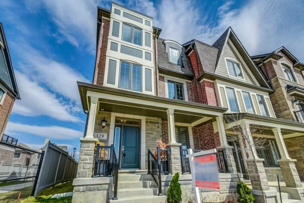 329 Kleinburg Summit Way, Vaughan