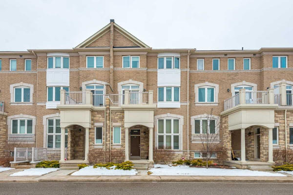 44 Comely Way, Markham